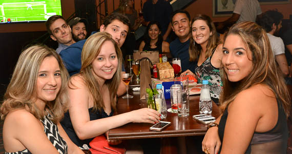 fotos - Banda Almanak agitou a comemoração de aniversário do The Blue Pub