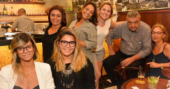 fotos - Bar Birô inaugurou em novo endereço ao som do grupo Os Manteigas