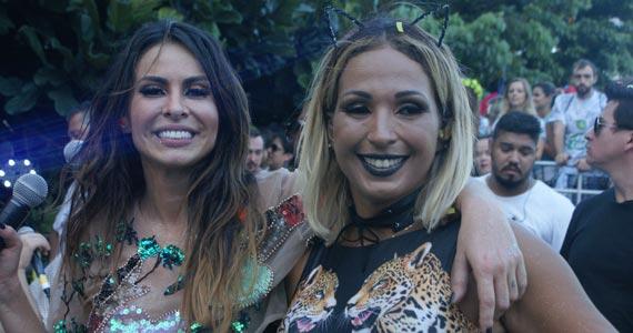 fotos - Bloco do Chá com Alinne Rosa e convidados na Faria Lima