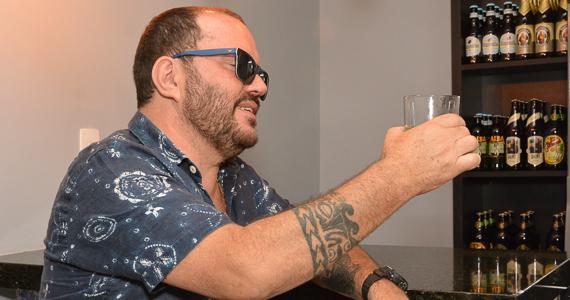 fotos - Direto do Rio de Janeiro, Toninho Geraes fez show no bar Butique do Samba, na Vila Madalena