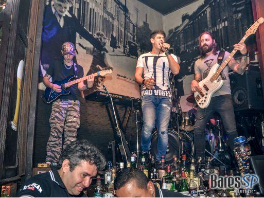 Carus Band comandou a noite com pop rock no palco do Dublin - St. Patrick's Week 2018