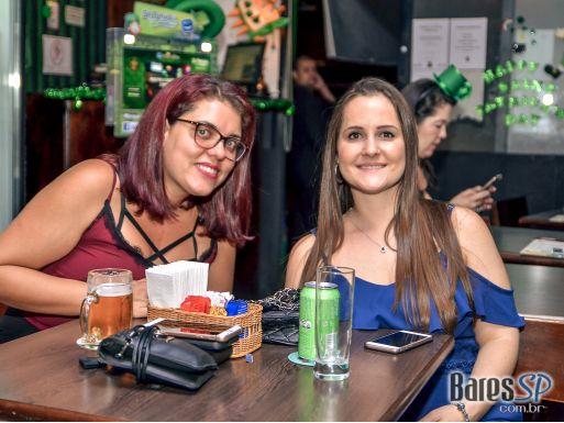 Bandas London Seven, Beds On Fire e Gaita de Fole animaram a sexta-feira do Kildare Irish Pub - St. Patrick's Week