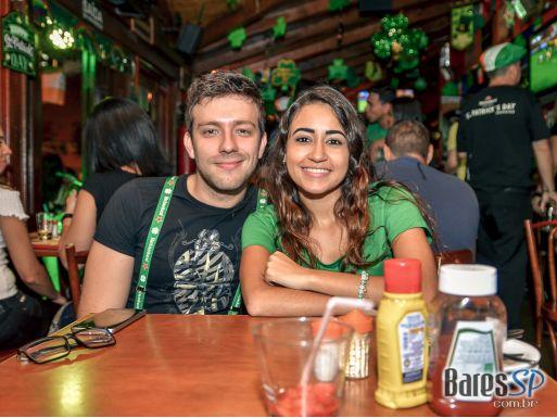 Festa de St. Patricks Day com as bandas Roxter e The Lords no Liverpool Pub - St. Patrick's Week