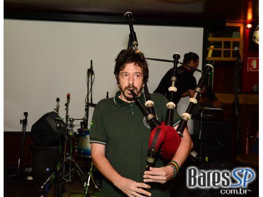 Banda Riffer e Dj Maia (89FM) bombarão noite no St Patrick's Week do Republic Pub