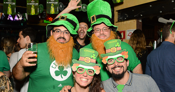 OMalleys realiza comemoração do St. Patricks com shows de irish music e rock