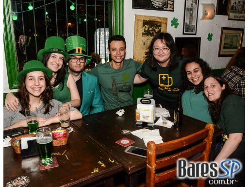 Finnegan's Pub comemora o St Patrick's Day dentro da mais pura tradição irlandesa