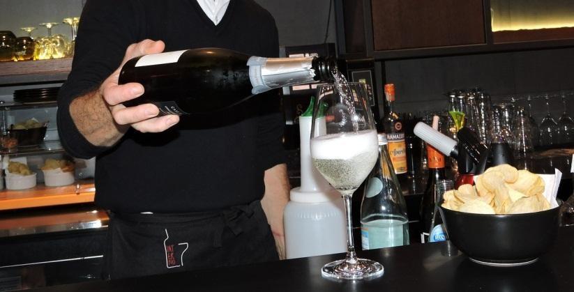 677baad8d Curso de bartender flair em SP- BaresSP.com.br cursos